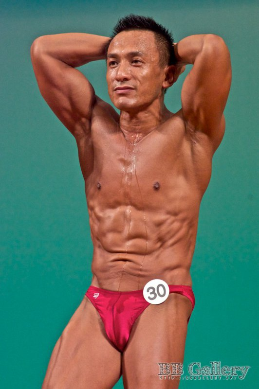 (30) 中島康晴(44才)