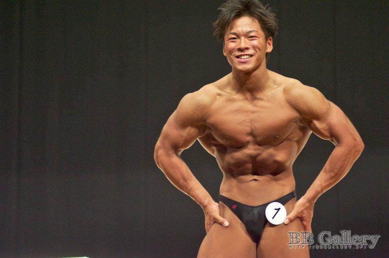 (1)田中裕介(28才)