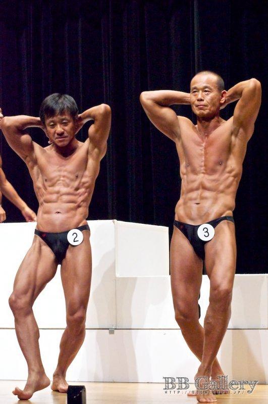 【56才以上】(2)鈴木俊廣(56才)、(3)古賀秀治(62才)