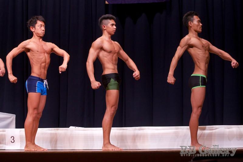 【2013北区:男子ボディフィットネス】(50)向井大策(36才)、(49)窪松マークジョン(18才)、(48)小林康行(36才)
