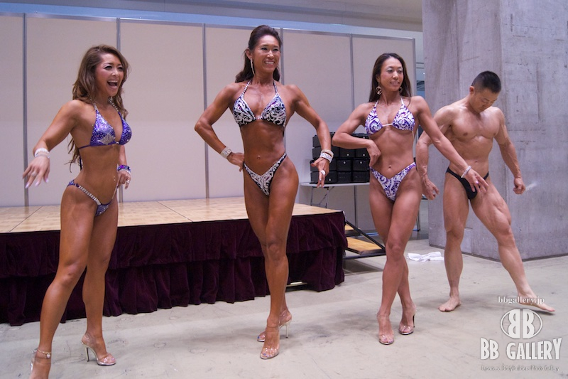 SPORTEC夏祭り2015:三船麻里子選手、山本加容子選手、小林有紀子選手、鎌田優選手