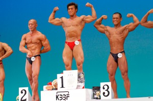 【男子75Kg超級】2位:(119)田口俊介(46才)、優勝:(112)西川正洋(39才)、3位:(110)吉田遵(28才)